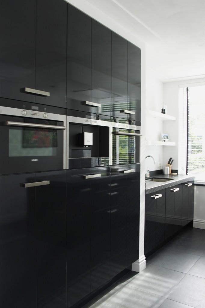 zwarte hoogglans keuken stijn 008