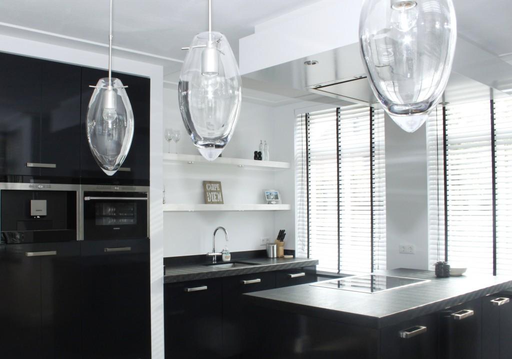 zwarte hoogglans keuken stijn 014