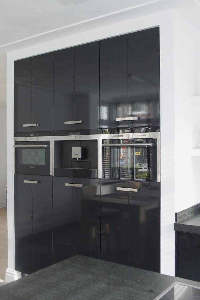 zwarte hoogglans keuken stijn 018